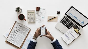 3 Tips for Staying Updated on Savvy Financial Management